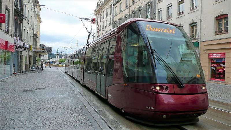 Clermont-Ferrand : gratuité des transports publics pour les déplacements autorisés