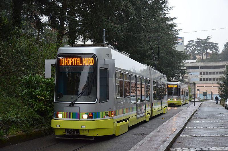 Saint-Etienne : transport à la demande et gratuit pour le personnel soignant