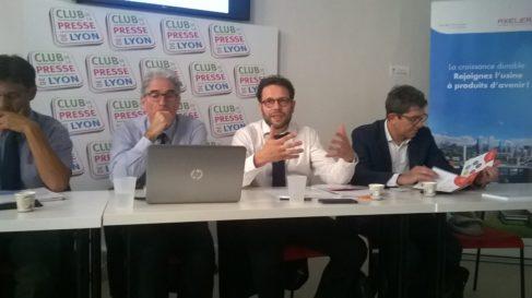 De gauche à drotie, Pierre Beccat, ancien président, Jean-Emmanuel Mas, directeur, Thierry Raevel, président et Philippe Monnet, membre du bureau ( Enviscope.com)