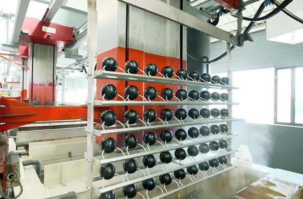 Obut supprime les rejets liquides de son atelier de chromage des boules de pétanque