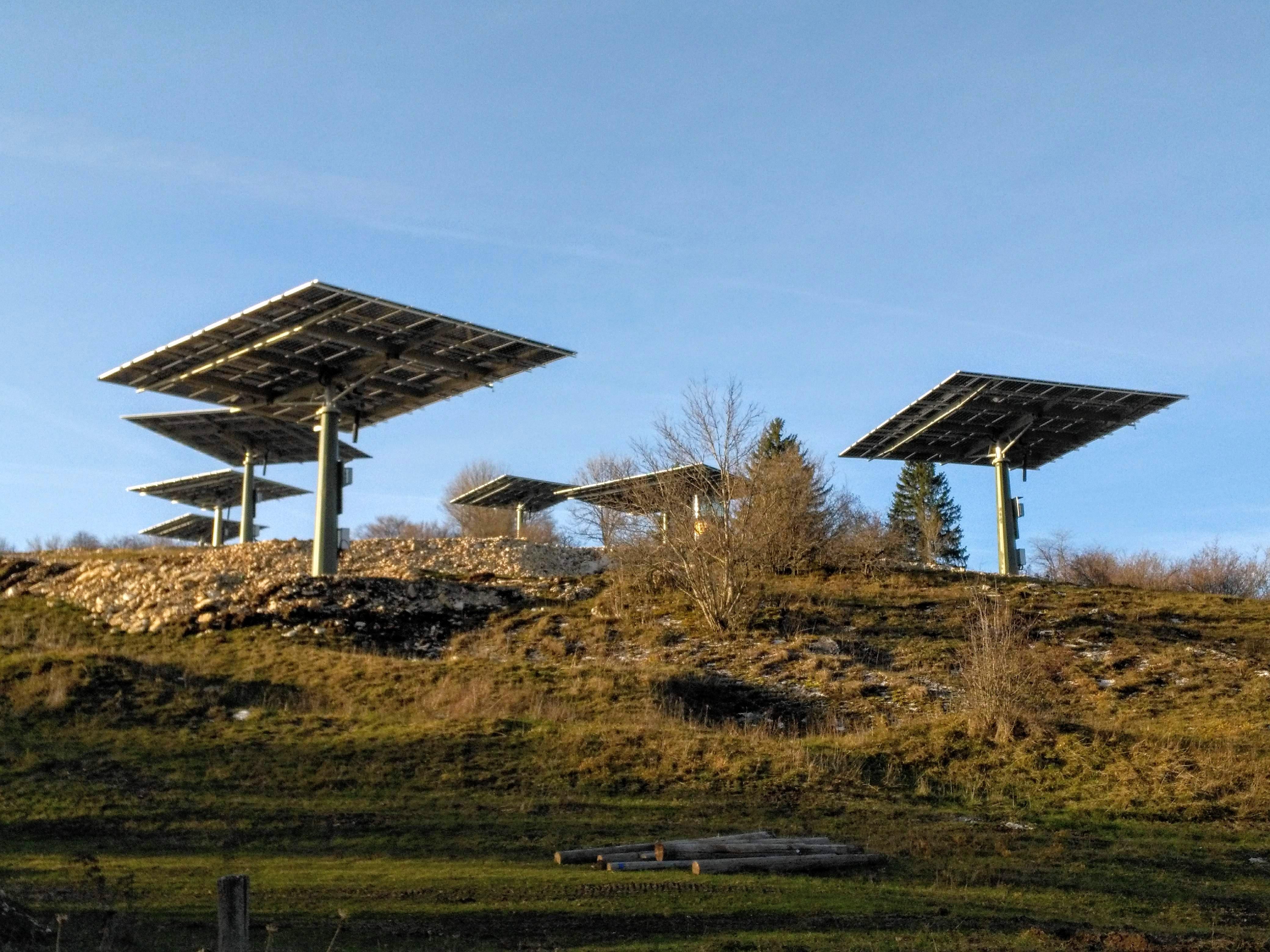 Electricité renouvelable : l'éolien et le solaire dépassent l'hydraulique en puissance installée