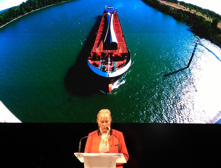Elisabeth Ayrault (CNR) : le Rhône pourrait transporter cinq fois plus de fret