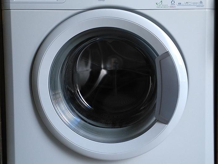 Les machines à laver devront filtrer les microplastiques.