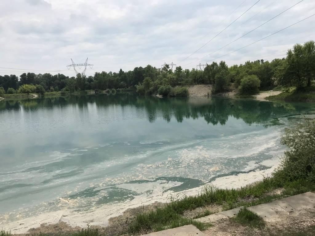 Pollution au kérosène dans les étangs de l'Ain: l'Aéroport Lyon-Saint-Exupéry dément