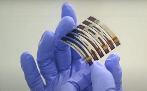 Photovoltaïque: Dracula Technologies lève 2,2 M€ pour pré-industrialiser sa technologie organique