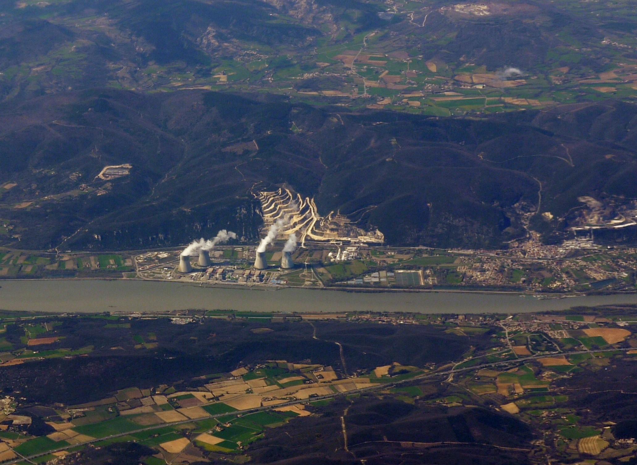 Séisme du Teil : pas d'impact visible sur les installations nucléaires