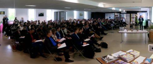 Environ 200 participants ont répondu à l'invitation de Saint-Gobain Habitat pour une demi-journée d'échanges sur les conséquences d'une isolation mal mise en oeuvre dans les bâtiments ( photo Michaël de Chalendar)