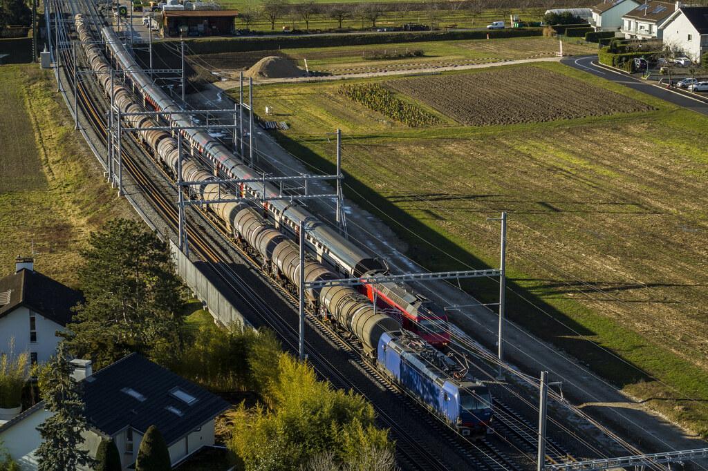 Léman 2030: la Confédération suisse et les cantons de Vaud et de Genève investissent pour le fret ferroviaire