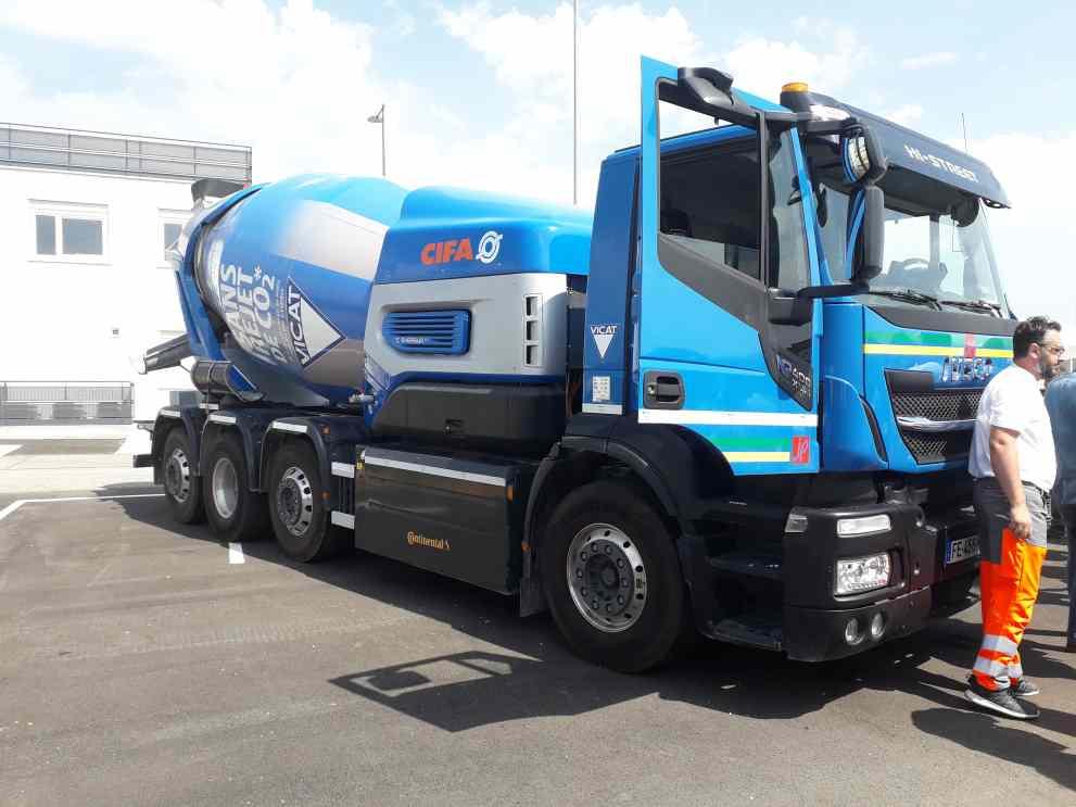 Le camion Oxygène de Vicat, présenté sur Transpolis ( Enviscope)