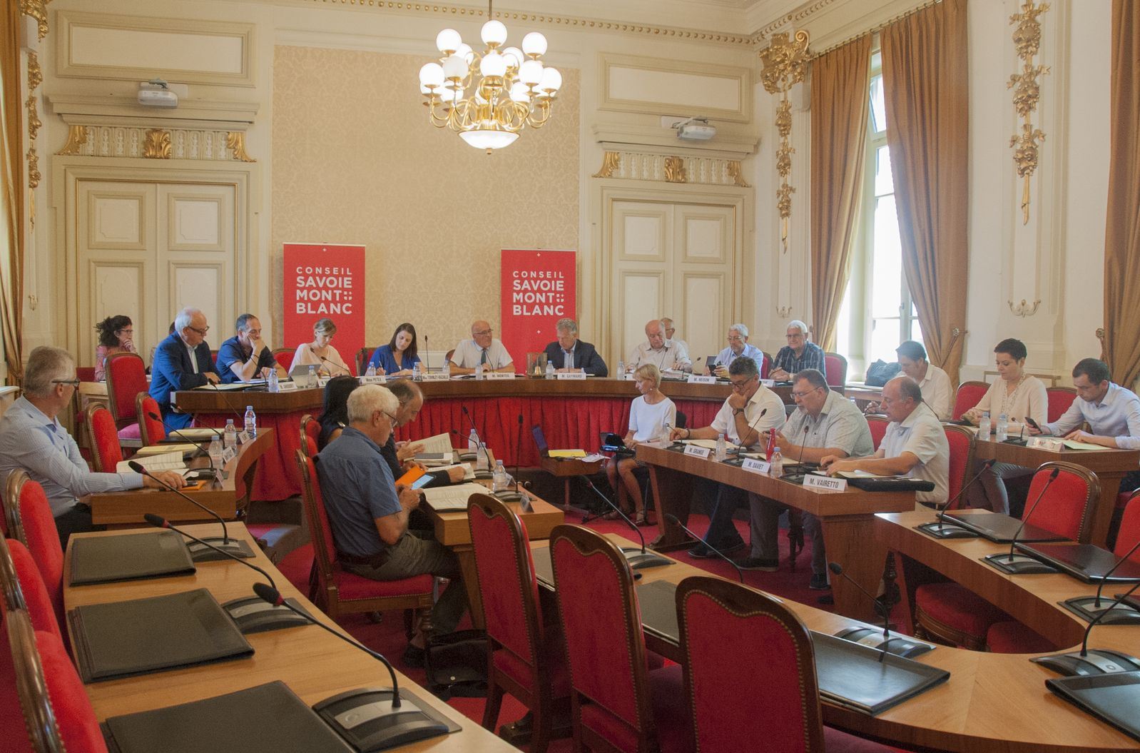 Le Conseil Savoie Mont Blanc renforce son aide aux agriculteurs