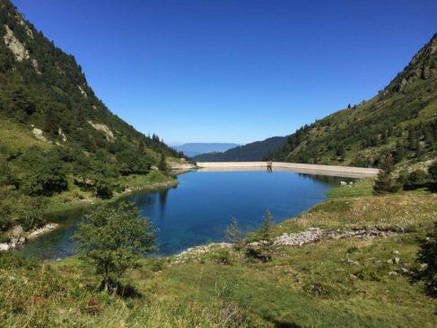 lLe lac  de retenue surle Veyton ( photo NEH)