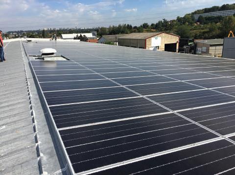La miroiterie Paulhac passe à l'autosuffisance solaire